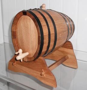 Wein- und Spirituosenfaß, kreuzoval